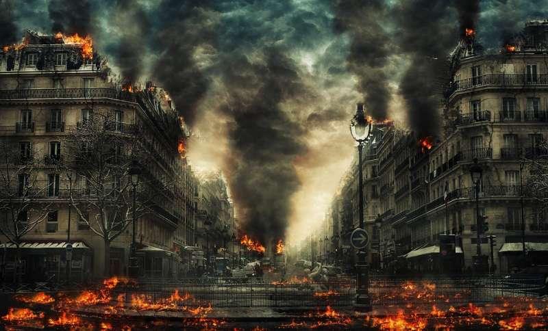 Dünyanın ve İnsanlığın Başına Gelmeyenin Kalmadığı Felaket Filmleri